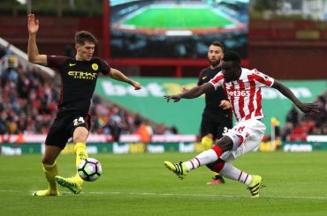Manchester City Ungguli Stoke City 2-0