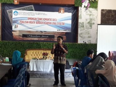 Balai Bahasa Jatim Gelar Bimtek Penulisan Kearifan Lokal di Blitar