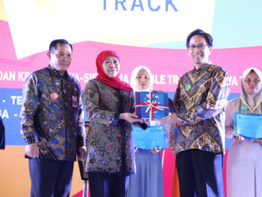 Buka festival SMA/MA Double Track Jatim, Khofifah Berharap Cipta Lapangan Kerja Baru